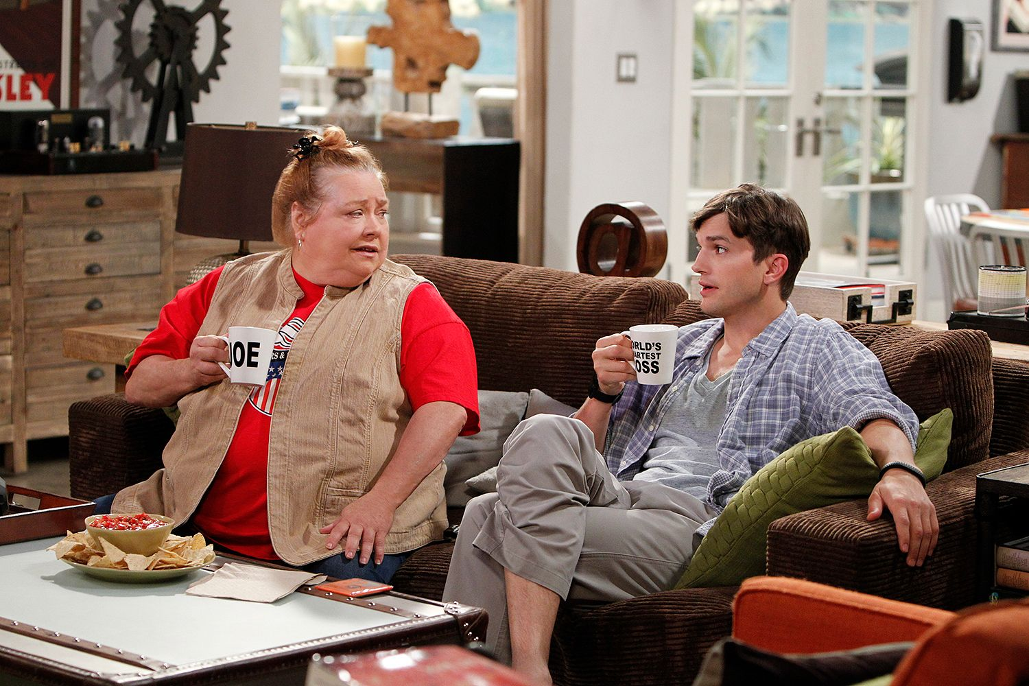 Conchata Ferrell, Star of Two and a Half Men, Dead at 77 | PEOPLE.com