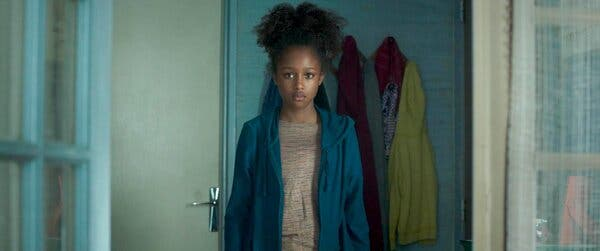 """""""Cuties"""" tells the story of Amy (Fathia Youssouf), a young daughter of Senegalese immigrants struggling to find her place growing up on the outskirts of Paris."""
